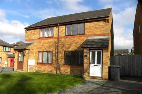 2 bedroom house to rent in dunstable search semi detached houses to rent in bedfordshire