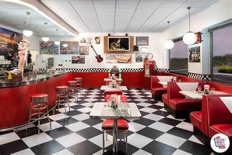 Retro Kitchen Furniture by Retro American Diner Furniture And Jukebox