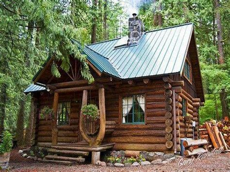 rustic log cabin small rustic log cabin interior small rustic log cabin