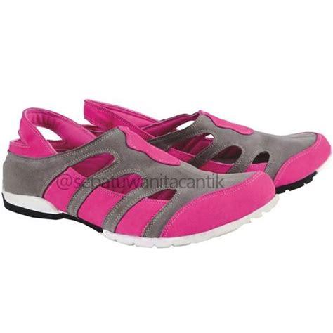 Sepatu Slip On Flat Wanita Casual Santai Indian Gaya sepatu olahraga casual wanita model sepatu sport