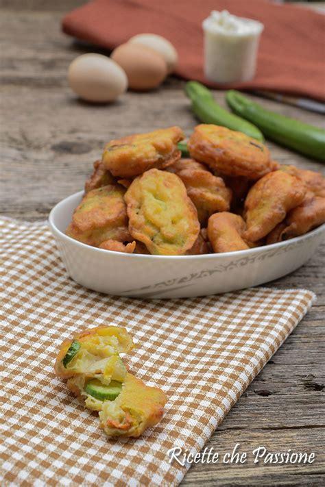 frittelle con i fiori di zucca frittelle di fiori di zucca ricetta calabrese ricette