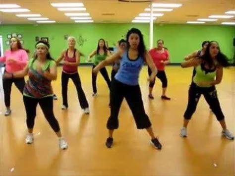 zumba steps the cumbia zumba 174 fitness with jasmine la cumbia tribalera youtube