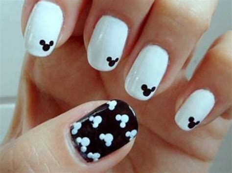 easy nail art designs cute easy nail designs art disney shopping