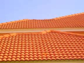 Cement Roof Tiles Ta Roof Cleaning Barrel And Concrete Tile Roof Cleaning Roof Cleaning Ta Florida