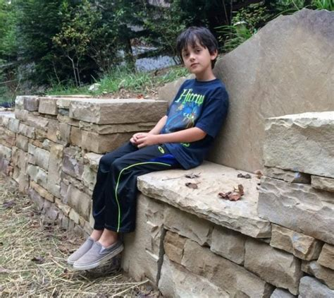 retaining wall bench seating walls in outdoor living spaces hammerhead stoneworkshammerhead stoneworks