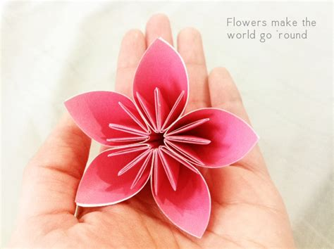 Paper Flower Folding - forty weeks crafts diy florigami therapy