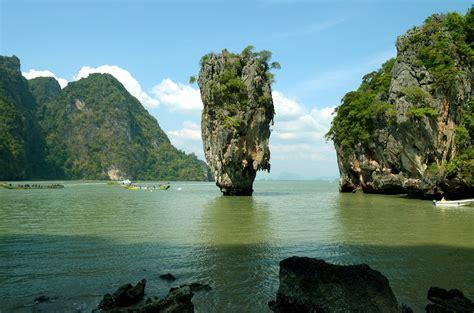 Macbook Pro Di Thailand foto foto bond island phuket thailand emanuel