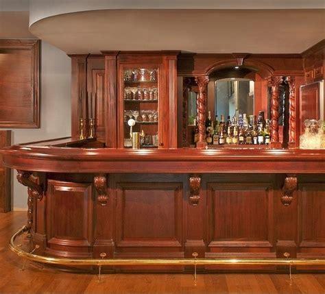 legno arredo arredo bar in legno di ciliegio tinto