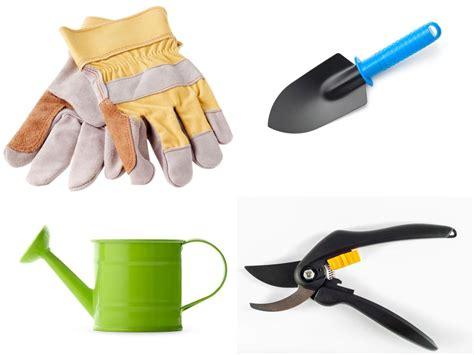 garden tools  gardener  home garden