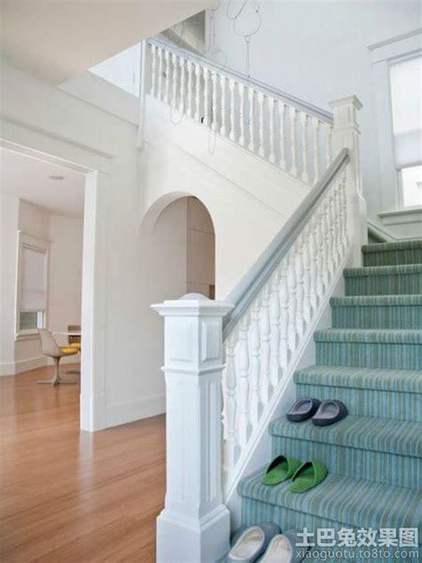 White Banister 欧式别墅楼梯扶手设计 土巴兔装修效果图