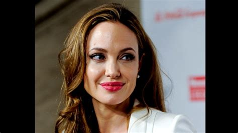 images of 61 yer old women angelina jolie s aunt debbie martin dies of breast cancer