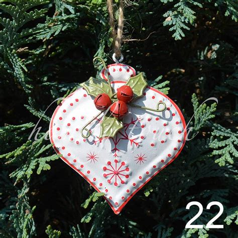 vintage style luxury christmas tree decorations hanging