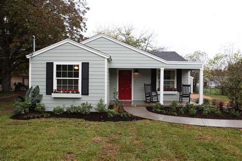magnolia fixer upper fixer upper magnolia homes my home pinterest