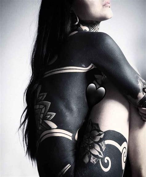 extreme blackwork tattoo girl blackwork tattoo best tattoo ideas gallery