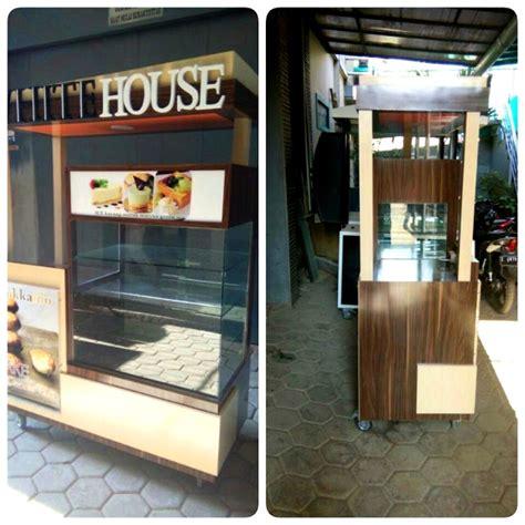 desain gerobak jajanan booth cheese cake indoor gerobak unik