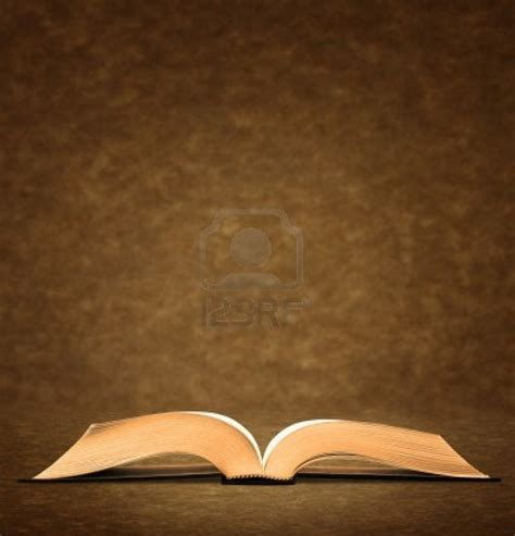 many old books powerpoint templates
