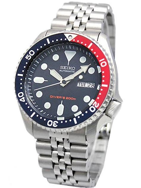 Seiko Automatic Dive Watch with Stainless Steel Bracelet #SKX009K2