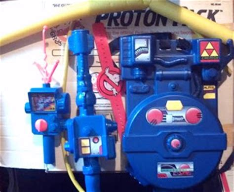 ghostbusters proton pack toys the who stares at toys review real ghostbusters