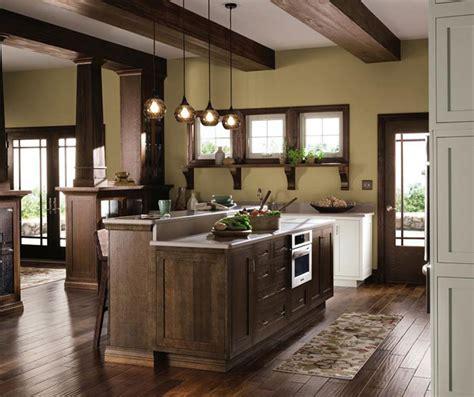 Rustic Oak Kitchen Cabinets quartersawn oak cabinets in a rustic kitchen by decora cabinetry