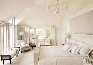 Bungalow Chandelier Beach Bedroom By Thierry Despont Ltd Ad Designfile