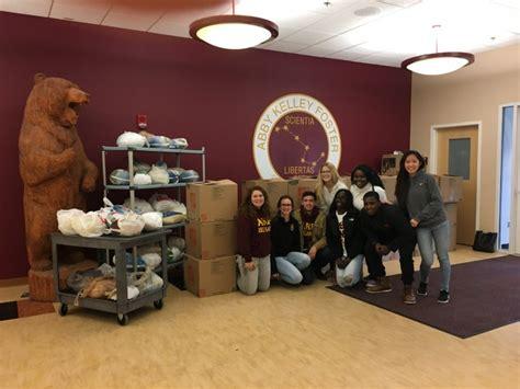 golocalworcester worcester students deliver 60 turkeys