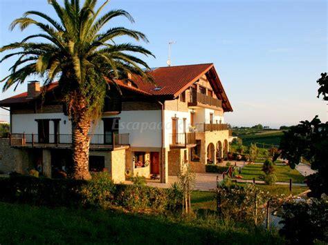 casa rural en getaria fotos de usotegi agroturismo casa rural casa rural en