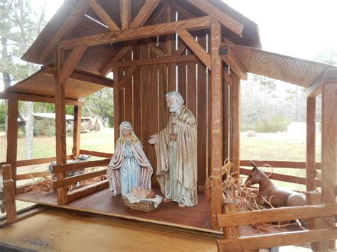 stable for nativity reclaimed wood nativity stable creche by themomandpopwoodshop