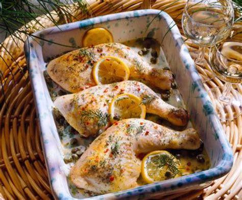 come cucinare le cosce di pollo in padella cosce di pollo al forno in marinata di agrumi la ricetta