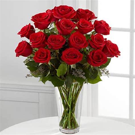 floreros s a florero 18 rosas ecuatorianas rojas flormorena