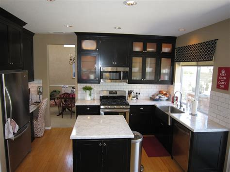 black counters design ideas
