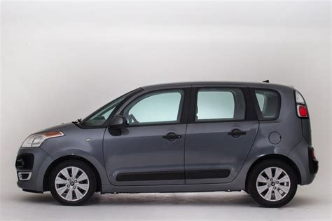Used Citroen by Used Citroen C3 Picasso Review Pictures Auto Express