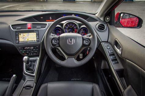 Honda Civic Tourer Interior by 2014 Honda Civic Tourer Drive Uk Review Carwow