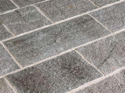 pavimenti in pietra naturale pavimento in pietra silver 20 pavimento in pietra