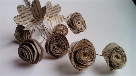 rosas de papel peridico flores reciclando papel peri 243 dico y rollos papel higi 233 nico