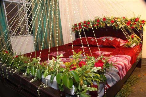 Flower Decorations For Bedroom by Bedroom Decoration Ideas For Wedding