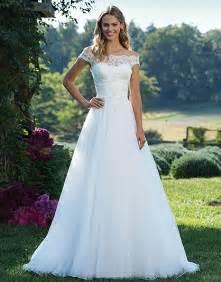 wedding fashion pearl bridal wedding dresses in gold coast