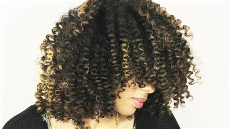bouncy hair for black women how to get bouncy defined curls simple straw set