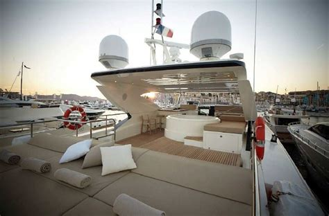 gyroscopic boat bed 3700 fly couach 2010 assos yacths aviation