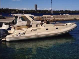 gommone cabinato solemar solemar 32 cabinato in pto viareggio gommoni usate 55485