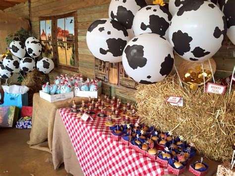 Table Decorations Centerpieces cowboy party supplies