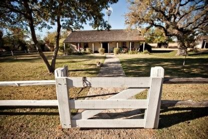settlers crossing bed and breakfast settlers crossing bed breakfast fredericksburg texas