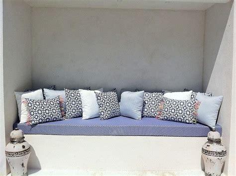 tissus pour coussin exterieur rideaux couture tapissier mousses housses coussins exterieur sur mesure