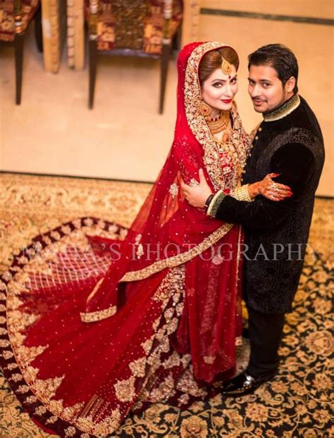 Latest Bride and Groom Wedding Dress Collection 2017