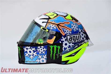 valentino motocross helmet valentino debuts 2016 winter test helmet