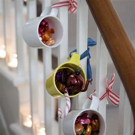chloe s inspiration christmas decoration for your staircase celebrate decorate