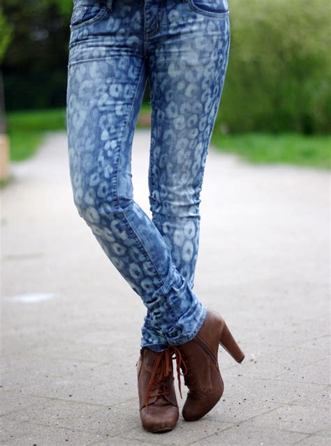 bleach pattern jeans sew a straight line what to do with your jeans