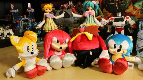 sonic plushies sonic the hedgehog 25th anniversary plushies celebrate the