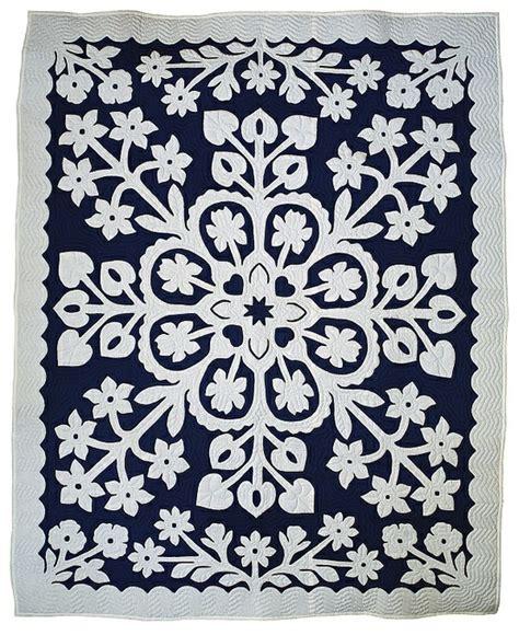 Hawaiin Quilts by Hawaiian Quilts Giannasio Interiors