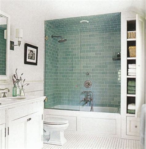 shower tile ideas small bathrooms 25 best ideas about small bathroom remodeling on
