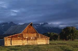 wooden barns abandoned places on abandoned abandoned